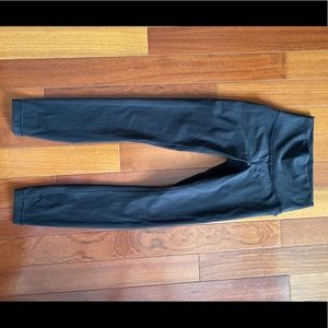 Luxtreme lululemon wunder under leggings size 2